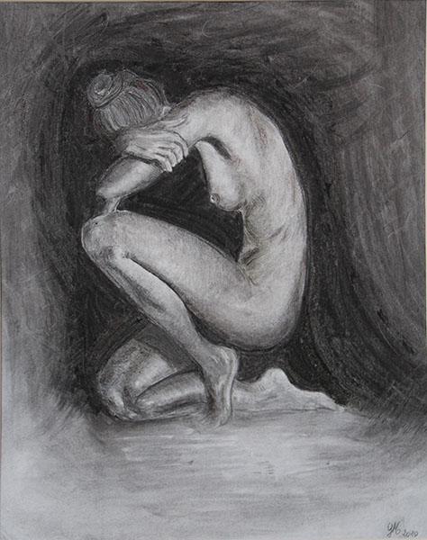 création artistique : fusain femme nue